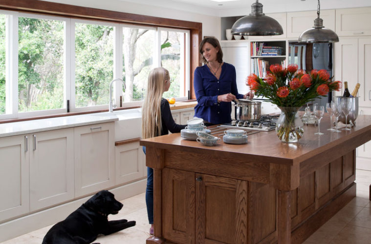 Creating A Kitchen For Entertaining Sa Garden And Home