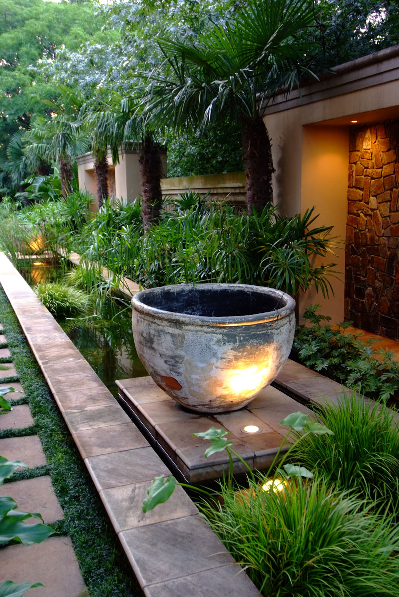 28 Tips For A Small Garden: 4 Ideas On Landscaping With Pots