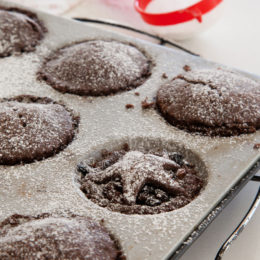 CHOCOLATE MINCE PIES
