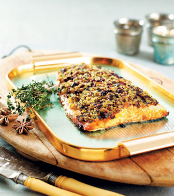 salmon-with-a-cranberry-and-thyme-crust