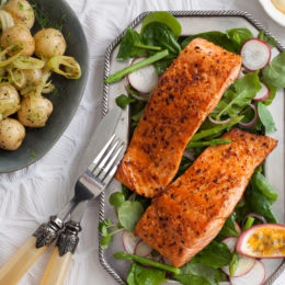 GRILLED SALMON STEAKS WITH PASSION FRUIT… CRUSTY POTATO SALMON ...