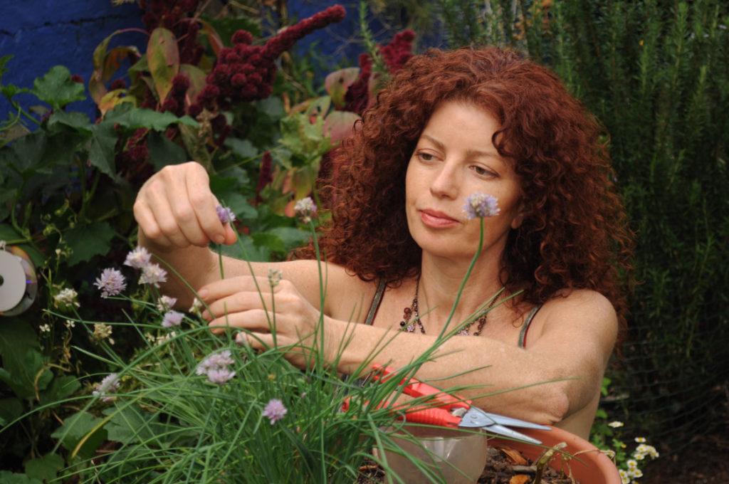 jane-griffiths-in-the-garden