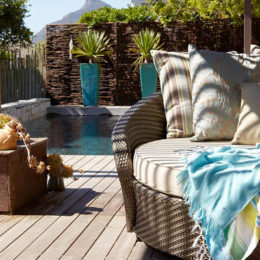 Laid-back room: beach house patio