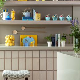 Bright and beautiful kitchen