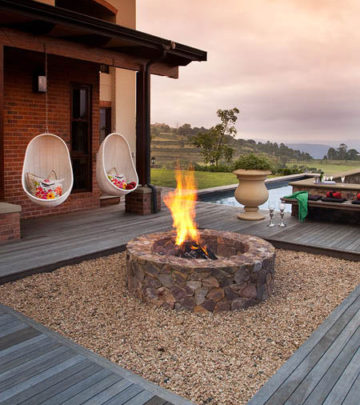Boma-and-swinging-chairs how to build a firepit