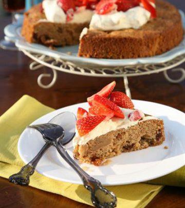 CRIMSON RAISIN AND WALNUT CAKE