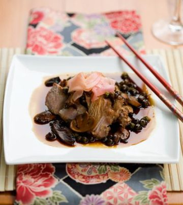 MARINATED ROAST SIRLOIN WITH THREE-SOY SAUCE