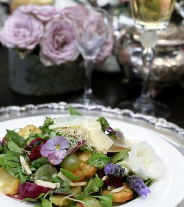 SUMMER SALAD WITH MUSTARD VINAIGRETTE