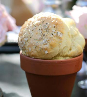 PARMESAN POT BREADS WITH HERB BUTTER