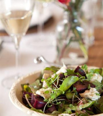 WARM BEETROOT AND GOATS' CHEESE SALAD