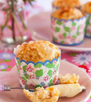 CHEATS' SAVOURY MUFFINS WITH CHEDDAR AND CORN