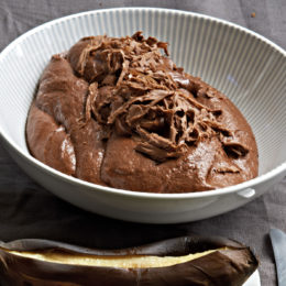 OAK-SMOKED CHOCOLATE MOUSSE WITH BRAAIED BANANAS