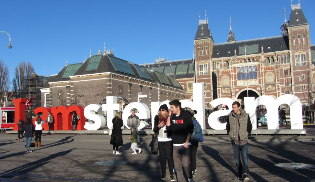 the-famous-i-amsterdam-letters-in-front-of-the-rijksmuseum