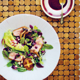 DUCK BREAST SALAD WITH BERRY VINAIGRETTE