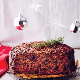 GOGO VAN DER RIET'S CHRISTMAS CAKE