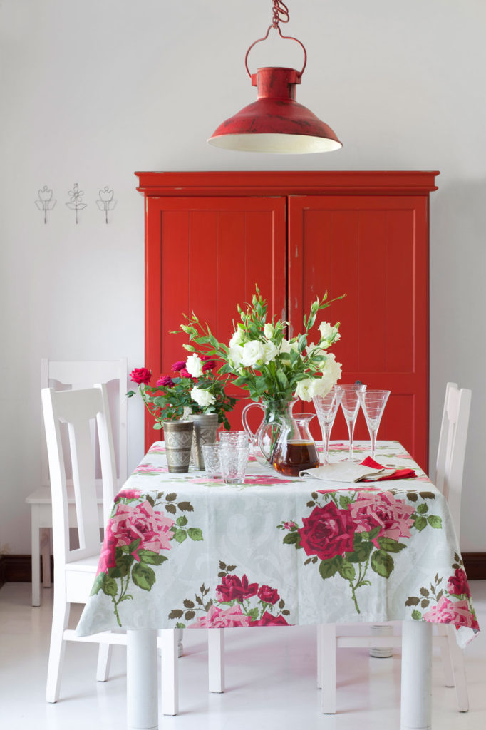 www home decor co za tips on decorating with roses sa garden and home 13108