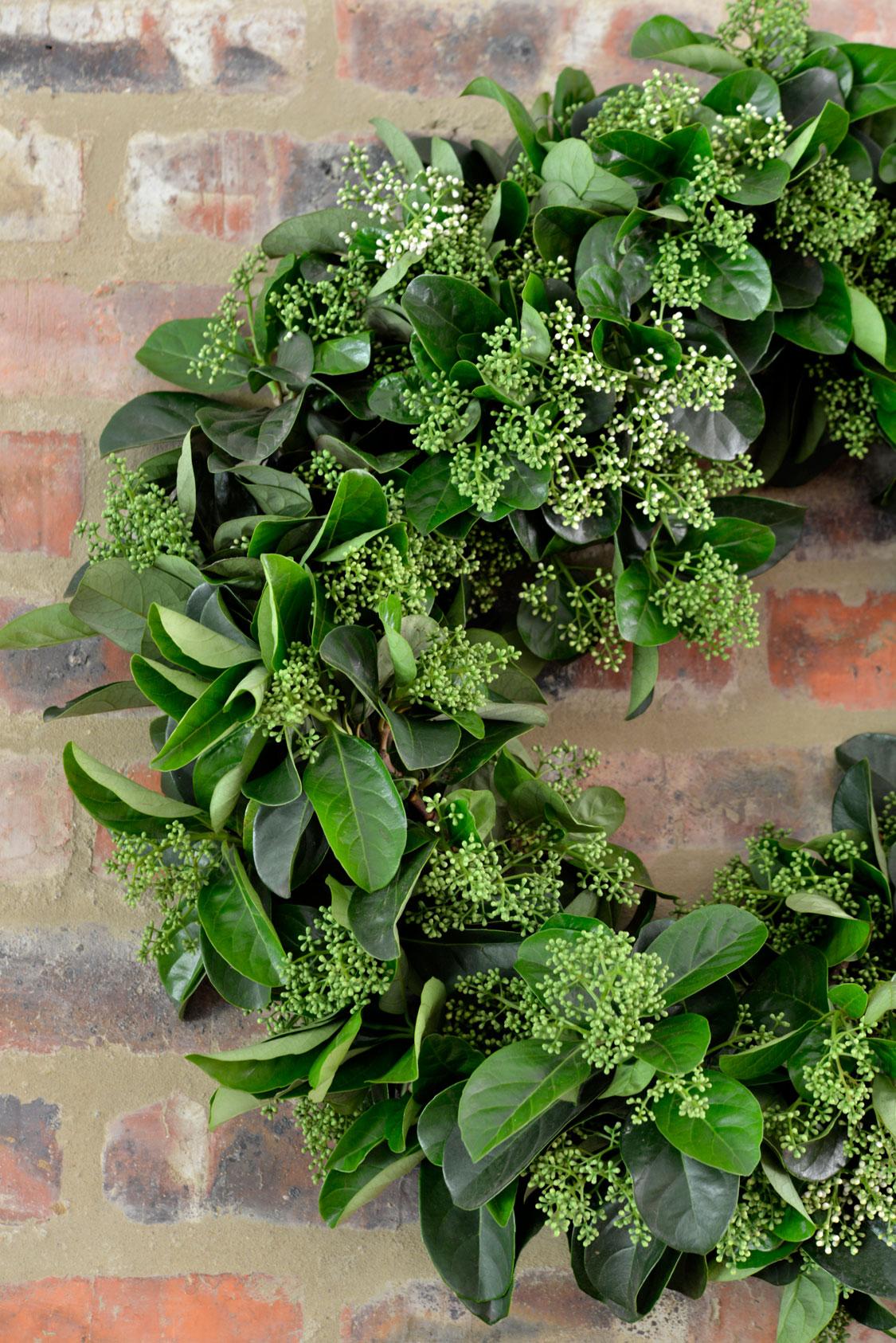 greenery-wreath