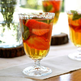 STRAWBERRY, BASIL AND LEMON ICED TEA