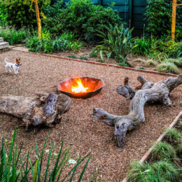 6 Outdoor areas with firepits