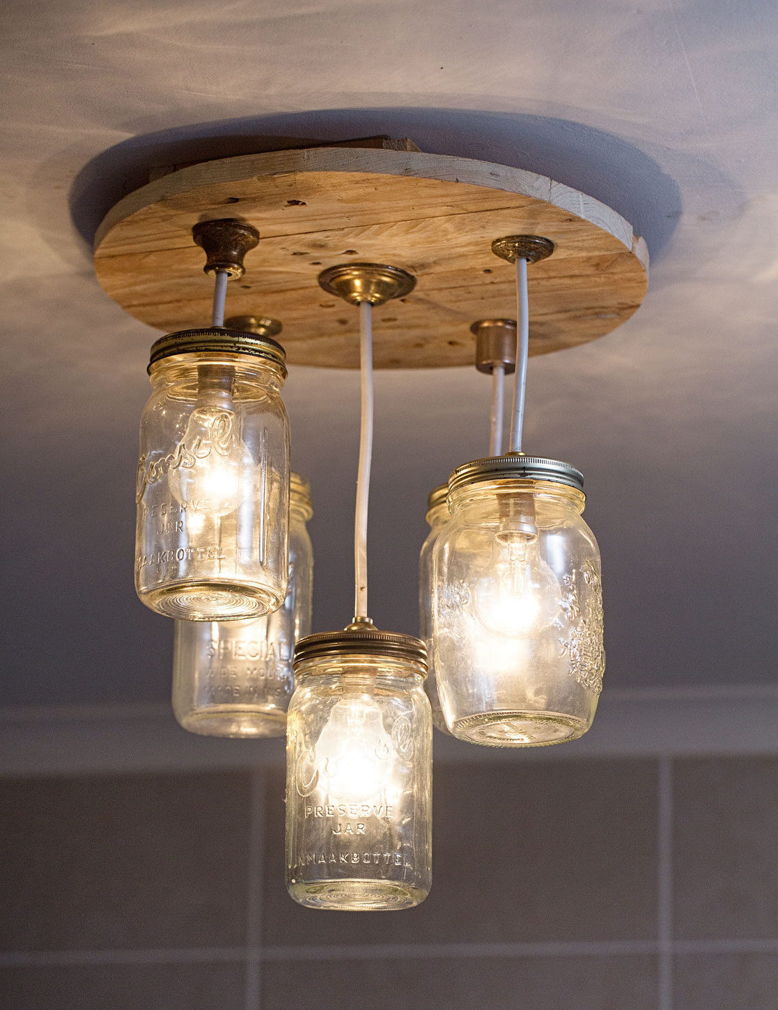 Diy mason jar chandelier sa garden and home diy mason jar chandelier arubaitofo Image collections