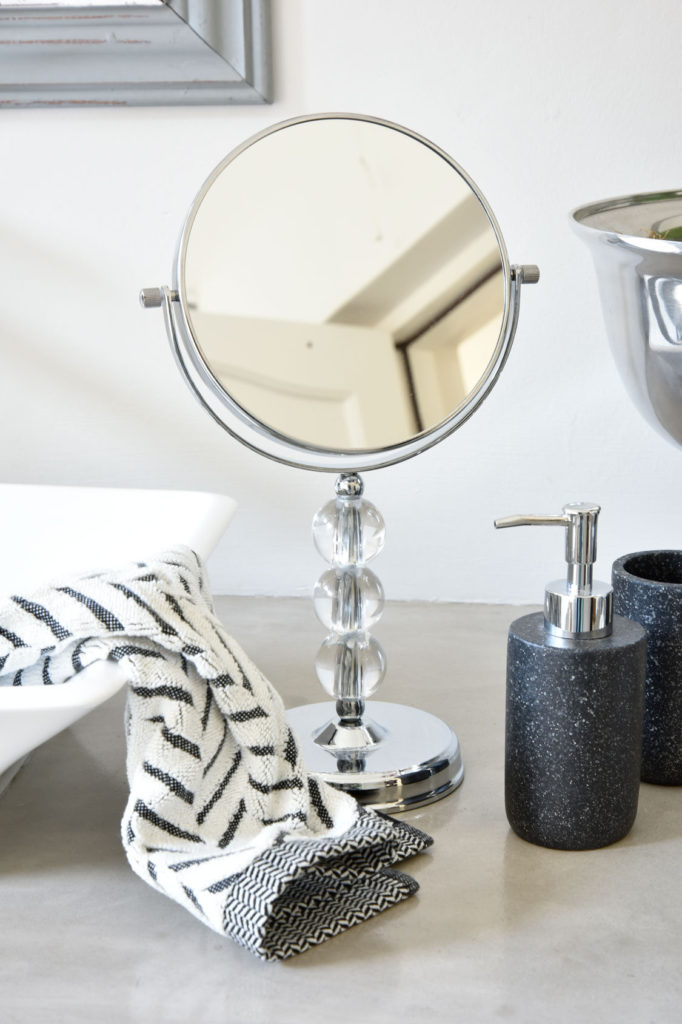 Black And White Bathroom Ideas Weekend Makeover Sa
