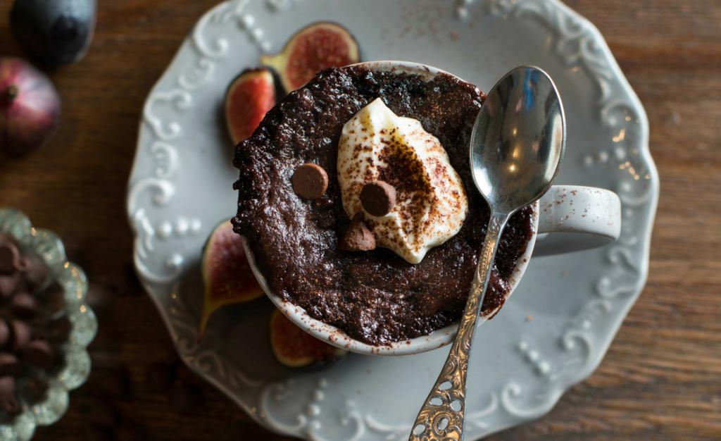 Five-minute molten mocha mug cakes