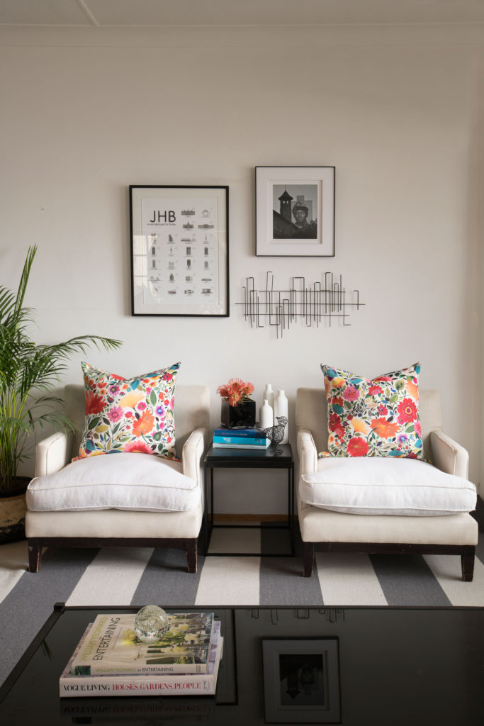 Add-floral-touches-to-your-home_chairs