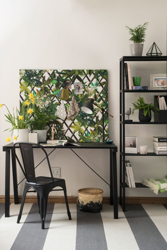 Add-floral-touches-to-your-home_home-office