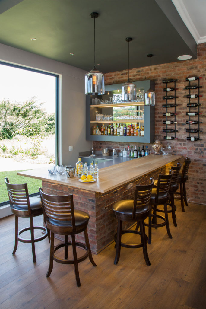 Home-bar_brickwork