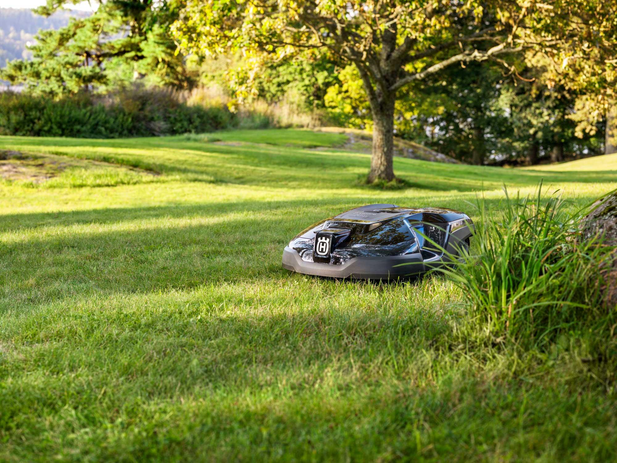 Win-a-Husqvarna-Robotic-Lawnmower_lifestyle