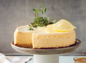 cooking with lemons: baking cheesecake