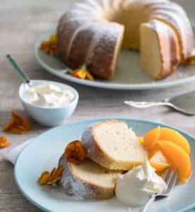 cooking with lemons: fresh cream cake