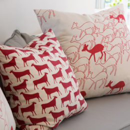 using red to makeover your living room