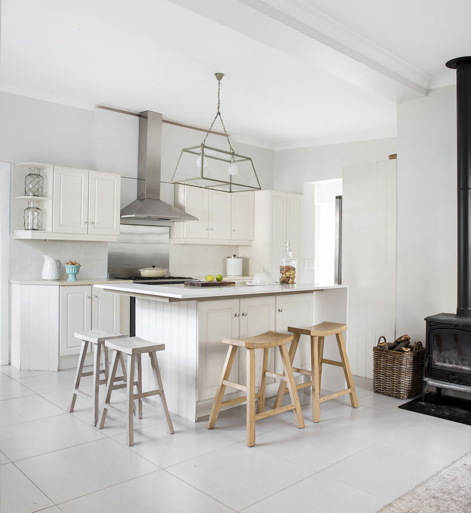 5 Reasons To Love White Kitchens Sa Garden And Home