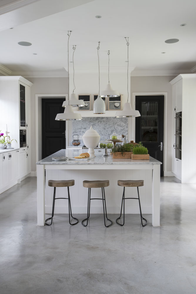 WHITE KITCHENS - SA GARDEN AND HOME - 03