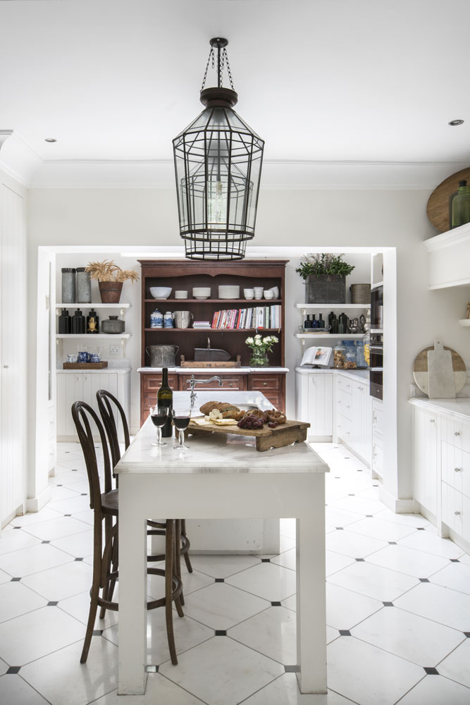 WHITE KITCHENS - SA GARDEN AND HOME