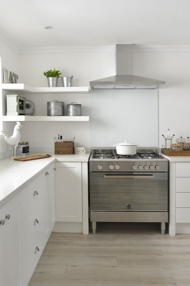 WHITE KITCHENS - SA GARDEN AND HOME - 02