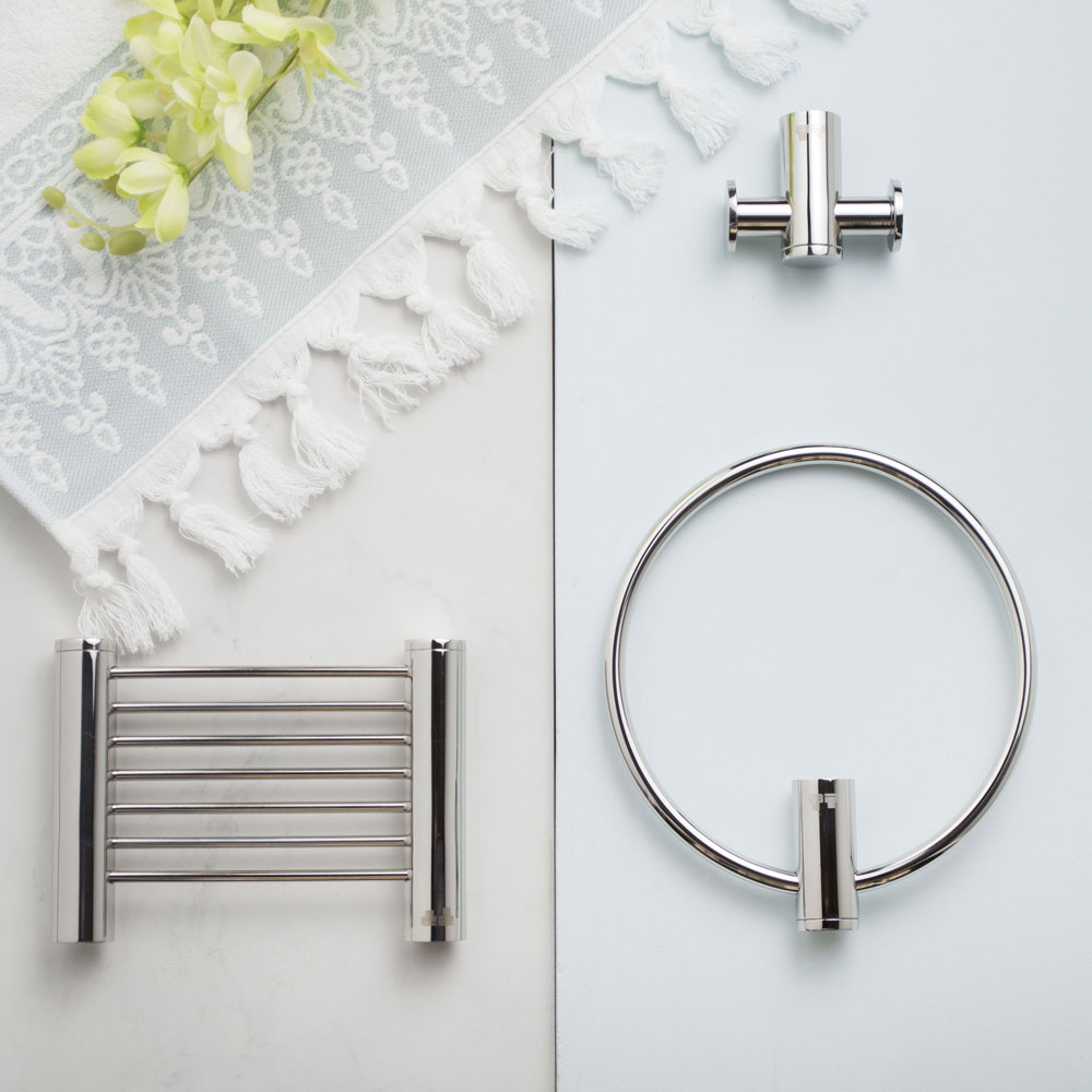 GIVE YOUR BATHROOM PERSONALITY WITH BATHROOM ACCESSORIES