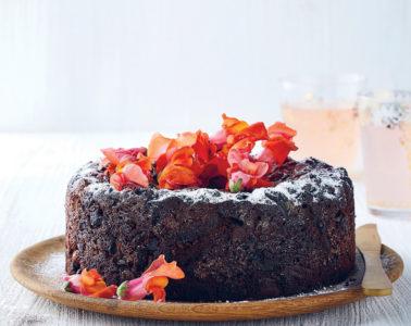 HEIN VAN TONDER'S VEGAN FRUIT CAKE