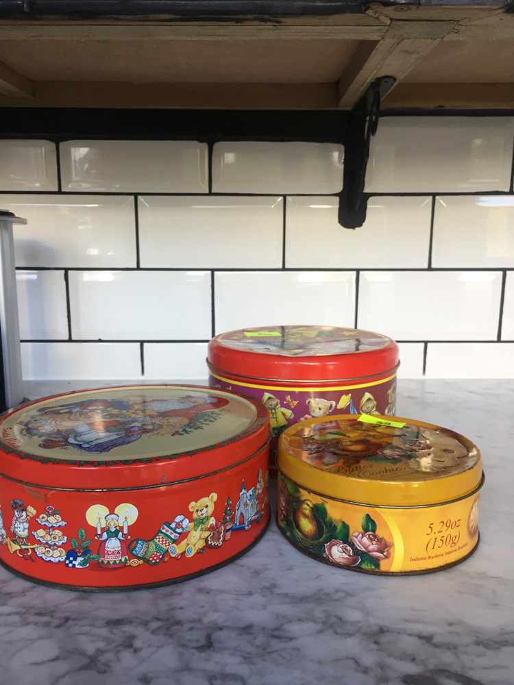 UPCYCLE CAKE TINS