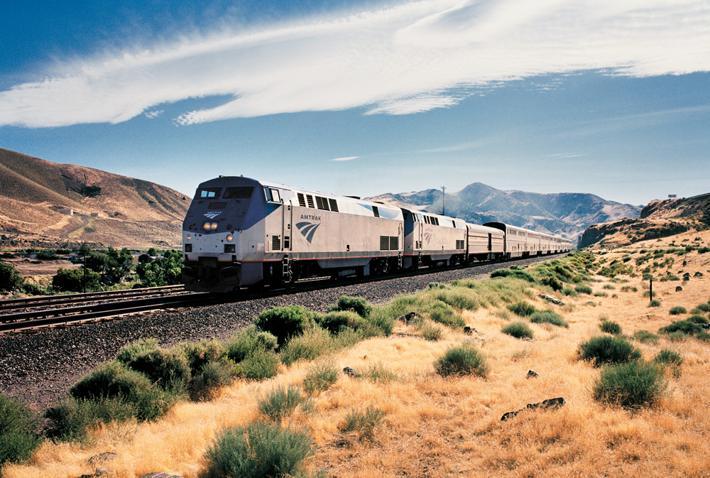 Travel to Chicago and Denver: Riding the rails