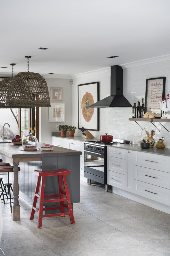 red, black, white kitchen -- practical kitchen makeover -- Garden and Home
