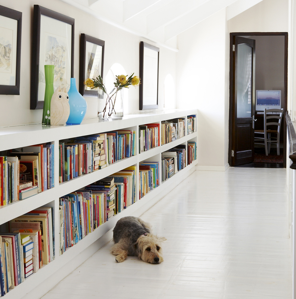 storing books stylishly - SA Garden and home